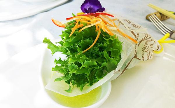 <span>無農薬 グリーンリーフ</span>美味しさに誰もが幸せになってしまう まさに愛のCupid Vegetable